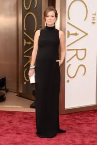 Via http://vogue.com/vogue-daily/article/oscars-2014-red-carpet-fashion-live