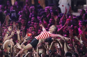 "Taylor Swift crowd surfs as she performs ""We are Never Getting Back Together"" during the 2012 MTV Video Music Awards in Los Angeles"