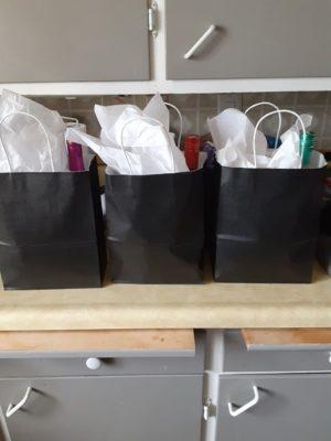 wining gift basket