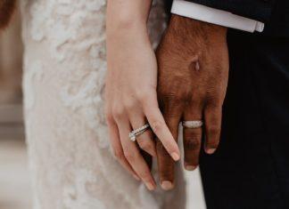 married-con-artist