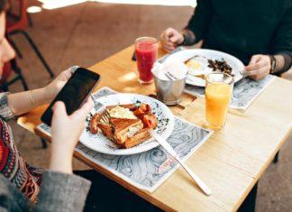 social-media-eating-disorder