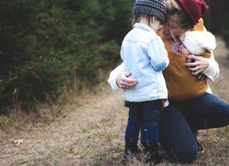 mom-children-in-woods