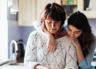 mother-daughter-relationship-cooking