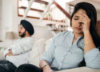 husband-relationship-annoyed
