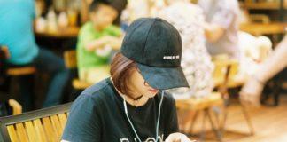 girl-wearing-hat
