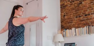 woman-online-classes-yoga