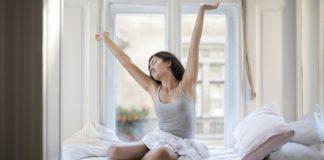 woman-labia-health